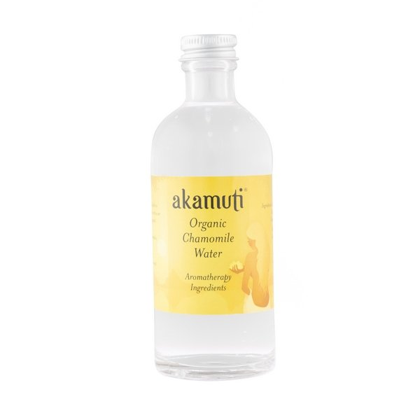 Akamuti Chamomile Water - Distilled from organic roman chamomile flowers, it has a pleasant fresh aroma.